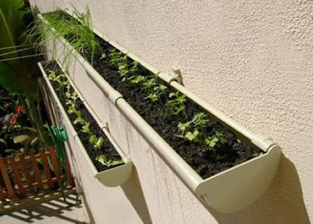 como-decorar-o-jardim-de-forma-barata-e-criativa-10