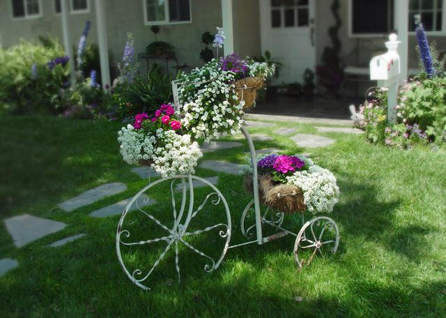 eclectic-garden