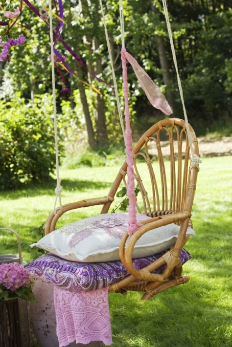 garden-decor-wood-bamboo-furniture-garden-furniture-ideas