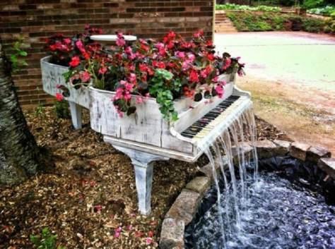 piano_flowerpot