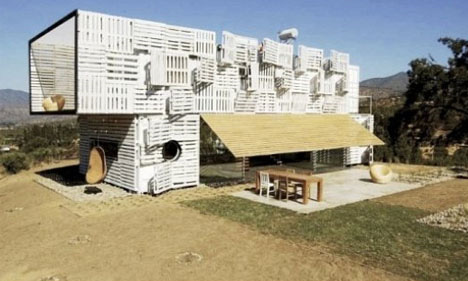 3-shipping-container-pallet-home
