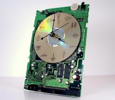 design-fetish-circuit-board-clock-7
