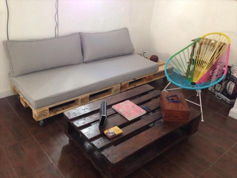 diy-pallet-living-room-sofa